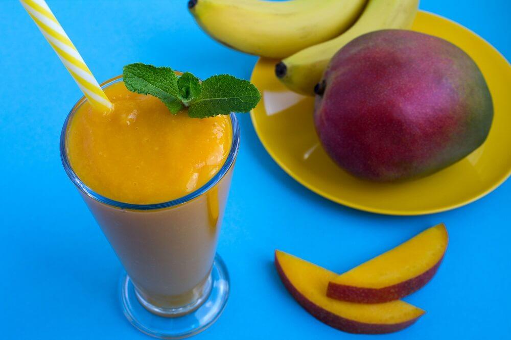 Koktajl z mango i banana