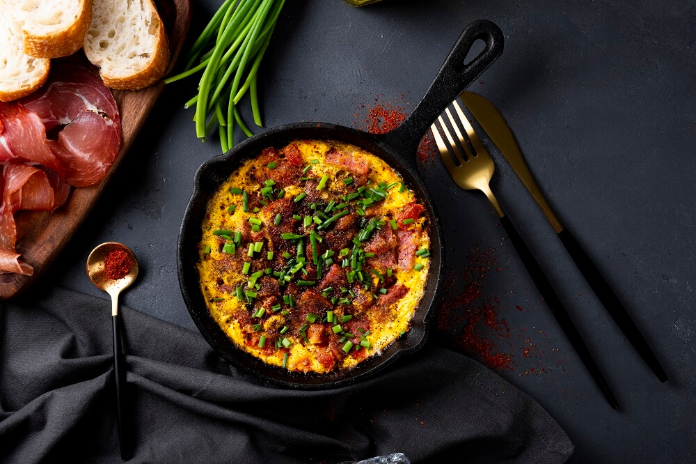 przepis na omlet z szynką i warzywami